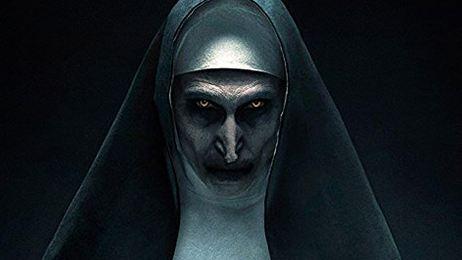 'La monja' demoniaca está de regreso para aterrorizar a todos en el primer avance de la película