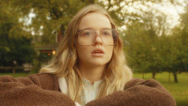 'El baile de las luciérnagas': El secreto detrás de los lentes de Kate Mularkey en la serie de Netflix