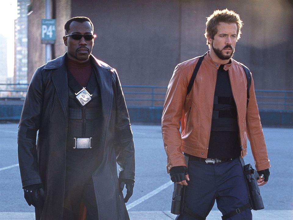 Wesley Snipes y Ryan Reynolds en 'Blade: Trinity'
