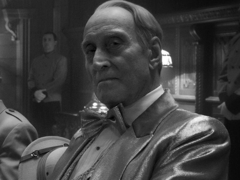 Charles Dance es William Randolph Hearst en 'Mank'