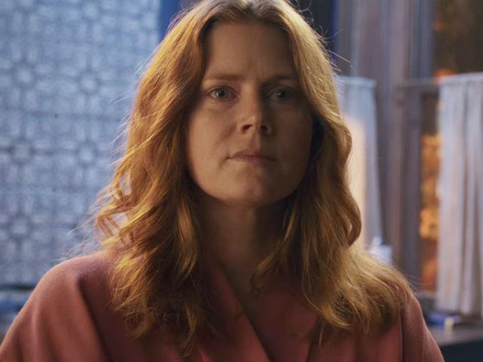 Amy Adams es Anna Fox en 'La mujer en la ventana'