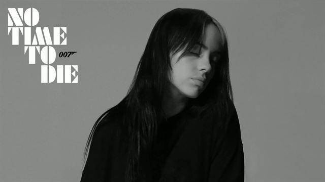 '007: Sin tiempo para morir' - Billie Eilish